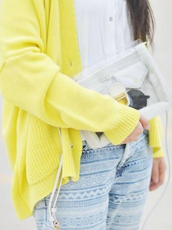 combina el color amarillo
