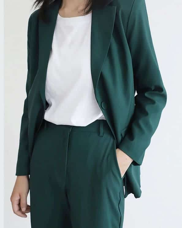 combinar verde outfits