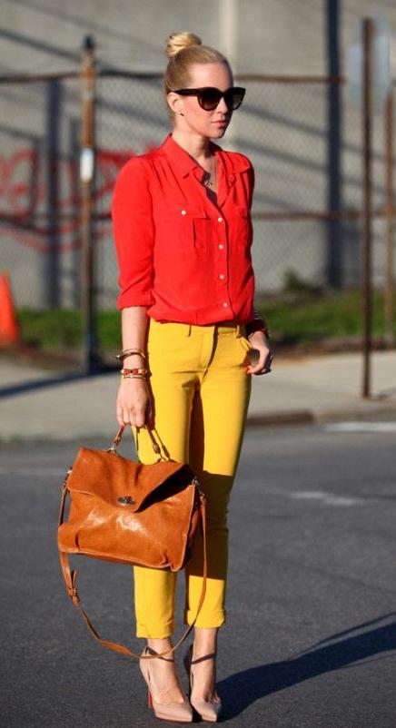 با شلوار زرد چی بپوشم؟ تیپ زرد